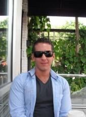 James, 40, Canada, Toronto
