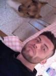 Giuseppe, 26  , Rome