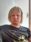 Lucas Eduardo Pe, 29  , Bauru