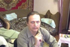 ivan, 58 - Just Me