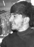 Reşad, 21 anno, Baku