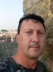 Todor, 51  , Madrid