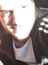 Tyoob, 21, Syria, Damascus