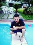 Josue , 25  , Soyapango