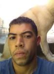 Emerson, 38, Belo Horizonte