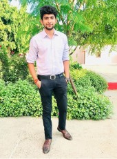 yugank, 22, India, Delhi