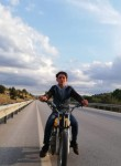 Yusuf, 18  , Konya