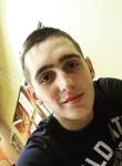 Maksim , 20  , Saratov
