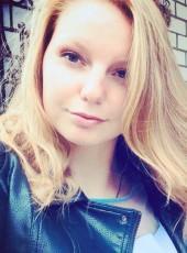 Anastasiya, 23, Russia, Smolensk