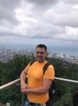 Yuriy, 49  , Saratov