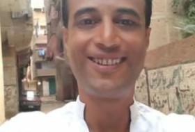 احمد, 40 - Just Me