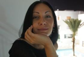 Valentina, 40 - Just Me
