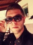 Viktor Eror, 22  , Osijek