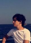 Artür, 20, Istanbul