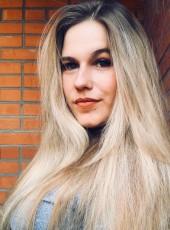 Anya, 21, Russia, Krasnoyarsk
