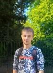 Denis, 26  , London