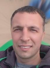 Vitaliy, 41, Russia, Saint Petersburg