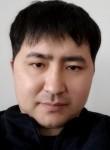 Skivi, 37  , Astana