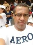 Roberto, 34  , Buenavista