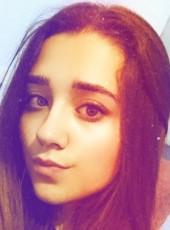 lorena, 19, Spain, Pozuelo de Alarcon