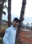 Yassine, 33  , Maroantsetra