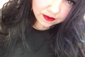 Yuliya, 29 - Just Me