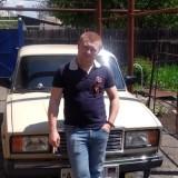Nikolay, 32  , Yenakiyeve