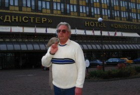 Dmitri, 58 - Just Me