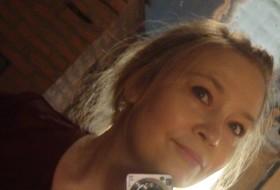 Vesna, 47 - Just Me