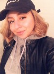 Hali, 24, Washington D.C.