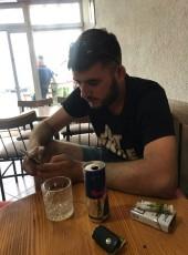 nesim, 23, Kosovo, Prizren