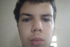 Miguel , 20 - Just Me