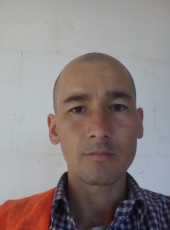 Ilkhom, 38, Russia, Moscow