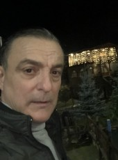 Antonio, 44, Italy, Bruneck