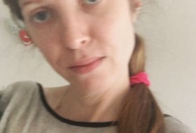 Elena, 36 - Just Me