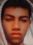 Roberto, 18, Barranquilla
