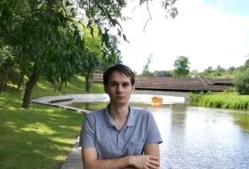 Stanislav , 21 - Just Me