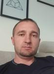 Sayman, 30, Brussels