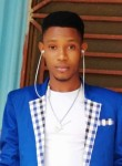Saintsurin Lucno, 25  , Port-au-Prince