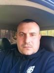 Andrey , 40  , Aleksandrovskaya