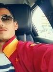 Tarek, 19  , Kairouan