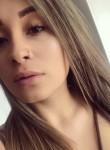 Paula Quintero, 25  , Bogota
