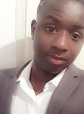 Yero, 18, France, Nice