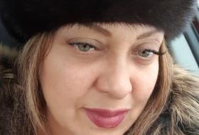 Nuriya, 46 - Just Me