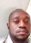 Kams , 40  , Kinshasa