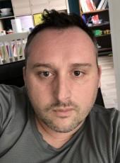 Mickael , 42, France, Bordeaux