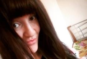Yulianna, 30 - Just Me