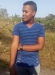 Davis Maycol, 18  , Panama