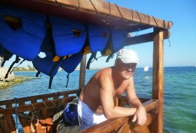Andrey, 53 - Just Me