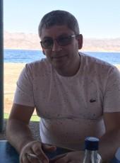 Avadov Vlad, 41, Palestine, Gaza